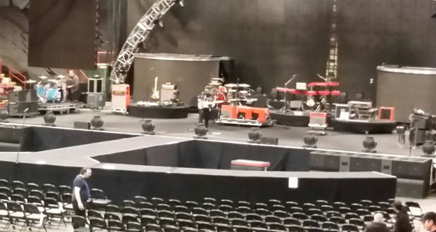 Stage is all set for the big show