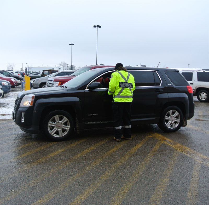 Shoppers drive by with Cash donations