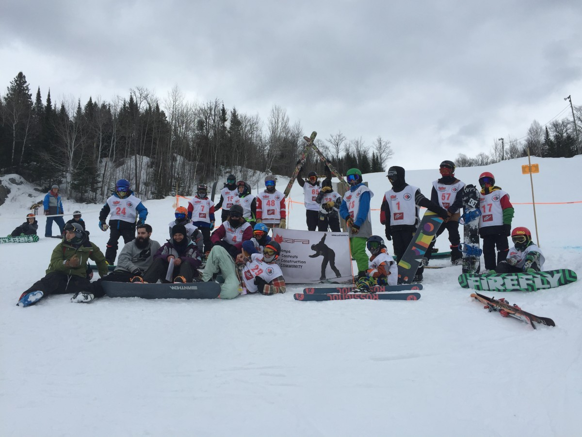 Participants gathered at the top of the course before their first run.