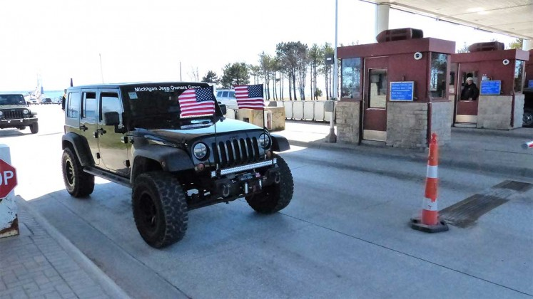 Jeep the Mac: Flag Bearer