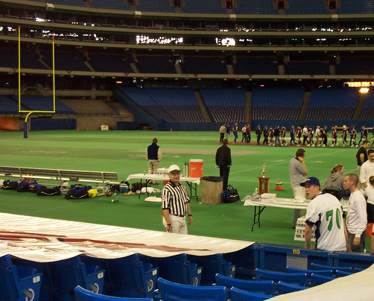 Edwards at the Skydome wearing the honourable, White Hat.