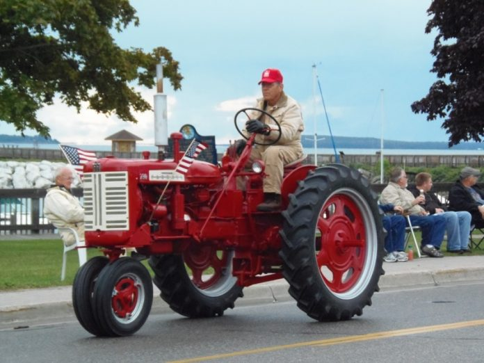 tractor weekend st ignace