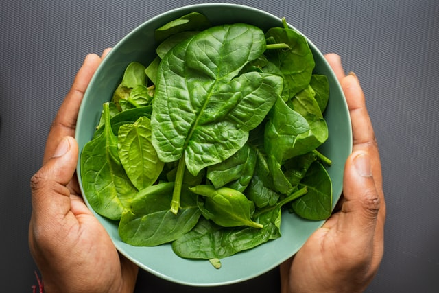 Baby spinach recalled in Canada due to Salmonella