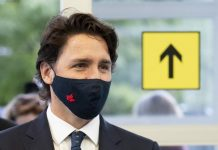Justin Trudeau Facemask